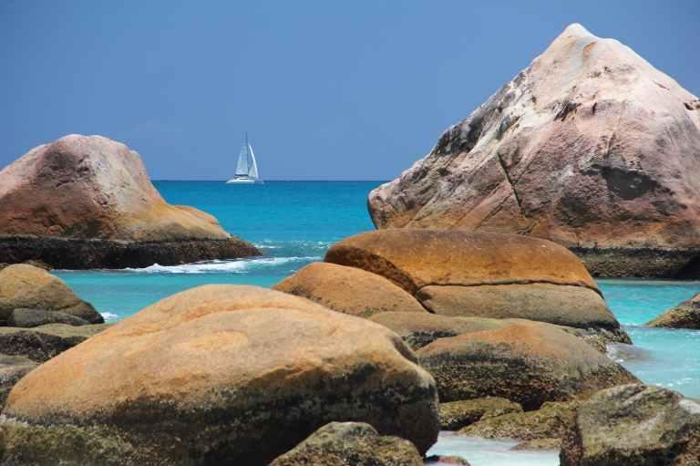 sea-boot-seychelles-water.jpg