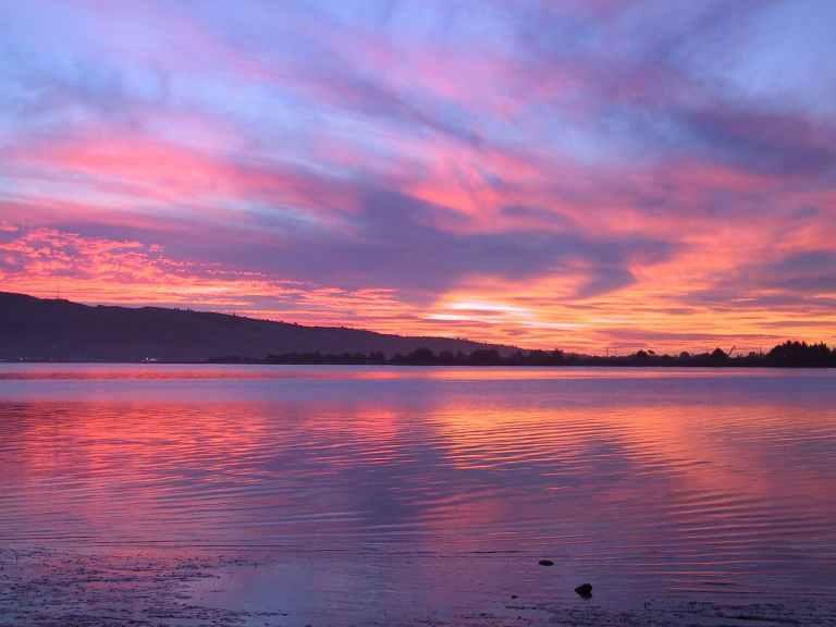 lake-evening-sunset-abendstimmung-57705.jpeg